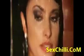 Jangal me bhaloo se chudi sex chudai