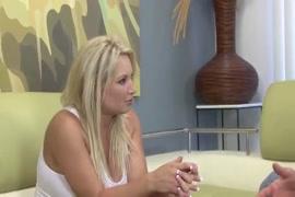 सेक्सी वीडियो करीना करिश्मा करिश्मा कपूर सेक्सी hd मूवी