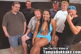 सेक्सी बड़ा सेक्सी गोडा वीडियो